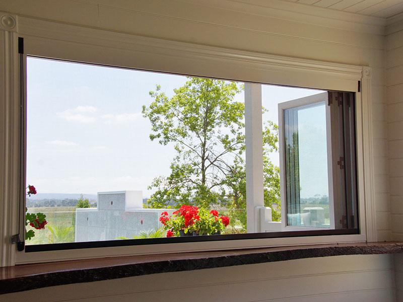 Timber Bi-fold Window